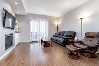"Photo 3: 14 2495 DAVIES Avenue in Port Coquitlam: Central Pt Coquitlam Townhouse for sale in ""ARBOUR"" : MLS®# R2331337"