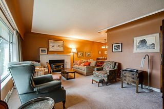 Photo 3: 6731 HUMPHRIES Avenue in Burnaby: Highgate House for sale (Burnaby South)  : MLS®# R2333588