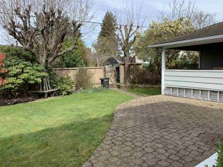 Photo 17: 5009 LAUREL Street in Burnaby: Greentree Village House for sale (Burnaby South)  : MLS®# R2340961
