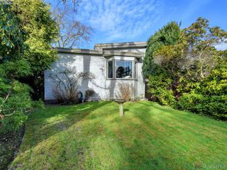 Photo 19: 821 ISLAND Rd in VICTORIA: OB South Oak Bay House for sale (Oak Bay)  : MLS®# 810352