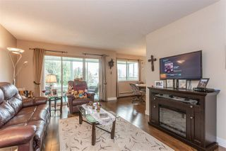 Photo 2: 104 8725 ELM Drive in Chilliwack: Chilliwack E Young-Yale Condo for sale : MLS®# R2357842