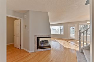 Photo 6: 107 EAGLE RIDGE Place in Edmonton: Zone 14 Townhouse for sale : MLS®# E4152158