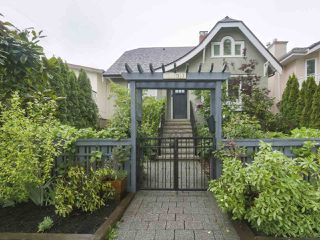 Photo 1: 4107 DUNDAS Street in Burnaby: Vancouver Heights House for sale (Burnaby North)  : MLS®# R2369700