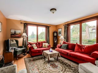 Photo 2: 1694 West 66th Avenue in Vancouver: Home for sale : MLS®# R2005876