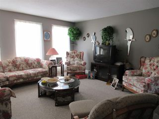 Photo 3: 5220 52 Street: Clyde House for sale : MLS®# E4161267