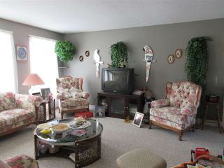Photo 5: 5220 52 Street: Clyde House for sale : MLS®# E4161267