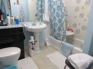 Photo 16: 5220 52 Street: Clyde House for sale : MLS®# E4161267