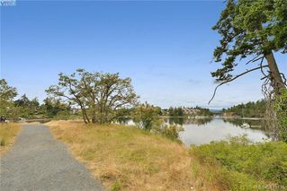 Photo 4: 409 75 W Gorge Road in VICTORIA: SW Gorge Condo Apartment for sale (Saanich West)  : MLS®# 413125