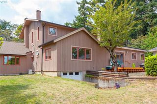 Photo 35: 4221 Glendenning Rd in VICTORIA: SE Blenkinsop Single Family Detached for sale (Saanich East)  : MLS®# 821064
