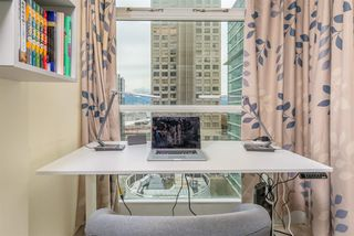 "Photo 11: 1206 438 SEYMOUR Street in Vancouver: Downtown VW Condo for sale in ""Conference Plaza"" (Vancouver West)  : MLS®# R2396667"