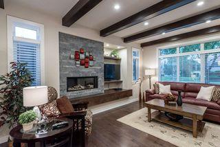 Photo 3: 8805 93 Street in Edmonton: Zone 18 House for sale : MLS®# E4176086