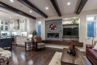 Photo 4: 8805 93 Street in Edmonton: Zone 18 House for sale : MLS®# E4176086