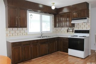 Photo 3: 921 Yardley Place in Estevan: Centennial Park Residential for sale : MLS®# SK790607
