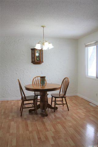 Photo 8: 921 Yardley Place in Estevan: Centennial Park Residential for sale : MLS®# SK790607