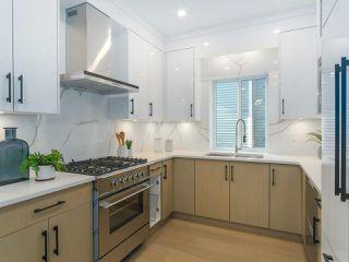 Photo 5: 620 E 11 AVENUE in Vancouver: Mount Pleasant VE 1/2 Duplex for sale (Vancouver East)  : MLS®# R2418353
