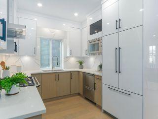 Photo 6: 620 E 11 AVENUE in Vancouver: Mount Pleasant VE 1/2 Duplex for sale (Vancouver East)  : MLS®# R2418353