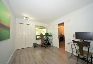 Photo 12: 305 1150 DUFFERIN STREET in Coquitlam: Eagle Ridge CQ Condo for sale : MLS®# R2412473