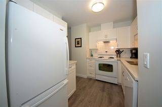 Photo 10: 305 1150 DUFFERIN STREET in Coquitlam: Eagle Ridge CQ Condo for sale : MLS®# R2412473