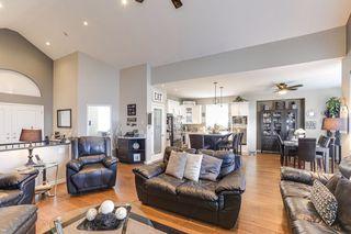 Photo 4: 2418 270B Street in Langley: Aldergrove Langley House for sale : MLS®# R2436027