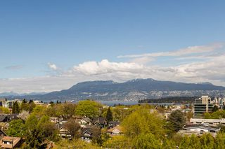 "Photo 6: 900 1788 W 13TH Avenue in Vancouver: Fairview VW Condo for sale in ""THE MAGNOLIA"" (Vancouver West)  : MLS®# R2497549"