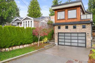 "Photo 1: 932 LEE Street: White Rock House for sale in ""White Rock Hillside"" (South Surrey White Rock)  : MLS®# R2518679"