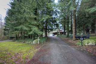 Photo 1: 15792 MOUNTAIN VIEW Drive in Surrey: Grandview Surrey House for sale (South Surrey White Rock)  : MLS®# F1107103