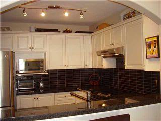 "Photo 1: 206 3128 FLINT Street in Port Coquitlam: Glenwood PQ Condo for sale in ""FRASER COURT TERRACE"" : MLS®# V884499"