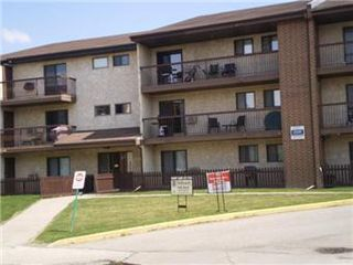 Main Photo: 104 211 Tait Place in Saskatoon: Wildwood Condominium for sale (Saskatoon Area 01)  : MLS®# 406012
