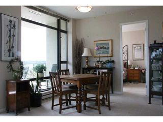 "Photo 4: 903 4250 DAWSON Street in Burnaby: Brentwood Park Condo for sale in ""OMA 2"" (Burnaby North)  : MLS®# V900714"