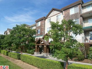 """Photo 1: 313 2350 WESTERLY Street in Abbotsford: Abbotsford West Condo for sale in """"Stonecroft Estates"""" : MLS®# F1120443"""