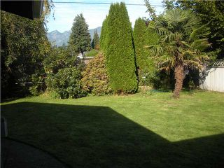 Photo 10: 1250 ROSEWOOD Crescent in North Vancouver: Norgate House for sale : MLS®# V916786