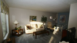 Photo 6: 1607 Rothesay Street in Winnipeg: North Kildonan Single Family Attached for sale (North East Winnipeg)  : MLS®# 1208017