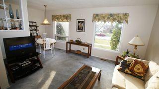 Photo 7: 1607 Rothesay Street in Winnipeg: North Kildonan Single Family Attached for sale (North East Winnipeg)  : MLS®# 1208017