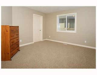 Photo 15: 136 Sunset Close in Cochrane: Residential Detached Single Family for sale : MLS®# C3403763