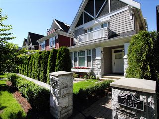 Photo 2: 435 W 16TH Avenue in Vancouver: Mount Pleasant VW Condo for sale (Vancouver West)  : MLS®# V978006