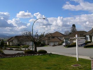 "Photo 13: 2098 ESSEX Drive in Abbotsford: Abbotsford East House for sale in ""Everett Estates"" : MLS®# F1405153"