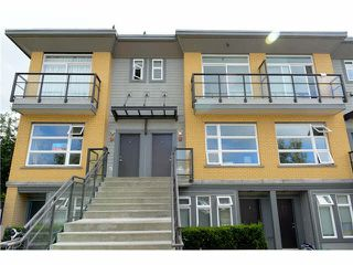 "Main Photo: 207 5568 KINGS Road in Vancouver: University VW Townhouse for sale in ""GALLERIA"" (Vancouver West)  : MLS®# V1087874"