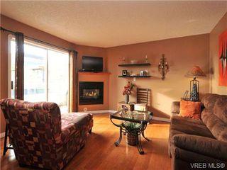 Photo 4: 405 832 Fisgard St in VICTORIA: Vi Central Park Condo for sale (Victoria)  : MLS®# 690148