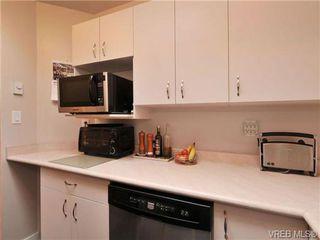 Photo 10: 405 832 Fisgard St in VICTORIA: Vi Central Park Condo for sale (Victoria)  : MLS®# 690148