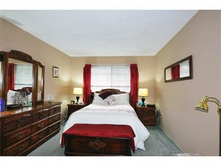 "Photo 11: 309 11510 225TH Street in Maple Ridge: East Central Condo for sale in ""RIVERSIDE"" : MLS®# V1103173"