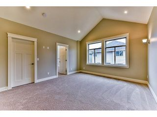 Photo 10: 20942 81ST Avenue in Langley: Willoughby Heights House for sale : MLS®# F1438447