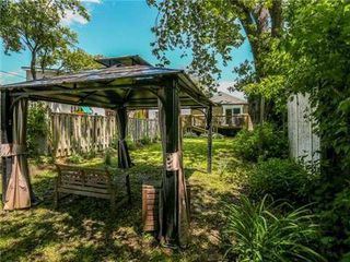 Photo 10: 22 Preston Street in Toronto: Birchcliffe-Cliffside House (Bungalow) for sale (Toronto E06)  : MLS®# E3236263