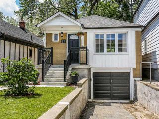 Photo 1: 22 Preston Street in Toronto: Birchcliffe-Cliffside House (Bungalow) for sale (Toronto E06)  : MLS®# E3236263