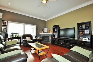Photo 4: 7967 TUCKWELL Terrace in Mission: Mission BC House for sale : MLS®# R2010268