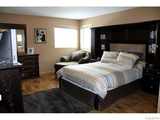 Photo 11: 23 Sherbo Cove in Winnipeg: Transcona Residential for sale (North East Winnipeg)  : MLS®# 1603442