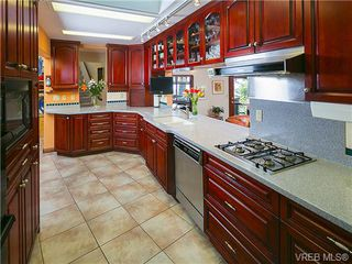 Photo 14: 1126 Highview Pl in NORTH SAANICH: NS Lands End House for sale (North Saanich)  : MLS®# 726103