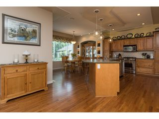 """Photo 6: 6220 167 Street in Surrey: Cloverdale BC House for sale in """"WEST CLOVERDALE"""" (Cloverdale)  : MLS®# R2093107"""