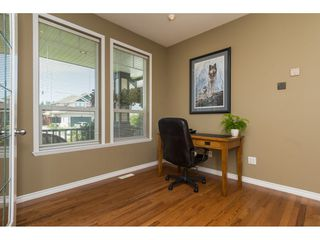 """Photo 3: 6220 167 Street in Surrey: Cloverdale BC House for sale in """"WEST CLOVERDALE"""" (Cloverdale)  : MLS®# R2093107"""