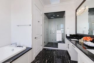 Photo 16: 8228 FAIRBROOK Crescent in Richmond: Seafair House for sale : MLS®# R2129631