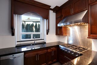 Photo 10: 8228 FAIRBROOK Crescent in Richmond: Seafair House for sale : MLS®# R2129631